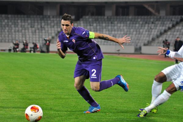Viola rozbija Inter i jest liderem! Kuba grał 69 minut