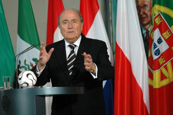 Blatter zawieszony!
