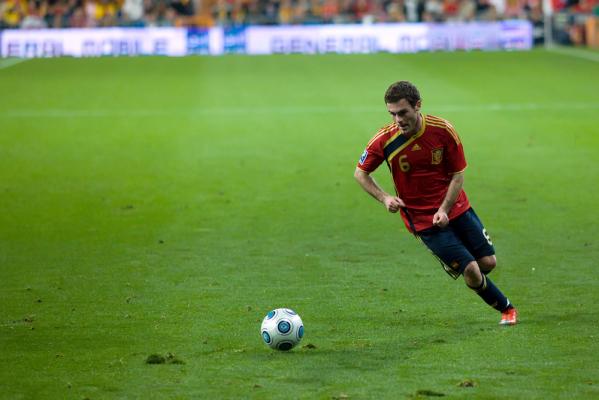 Mata: Mogę grać na różnych pozycjach