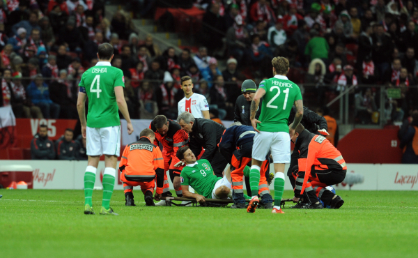 Irlandczyk po kontuzji w meczu z Polską wypada na kilka tygodni