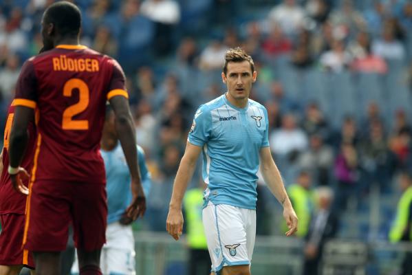 Zwycięstwo Lazio w Palermo, dwa gole Klose