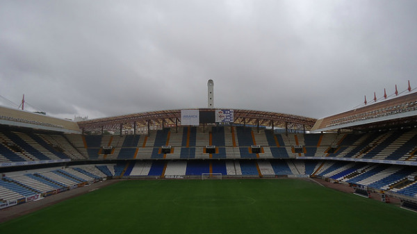 Pewne wyjazdowe zwycięstwo Las Palmas z Deportivo La Coruna