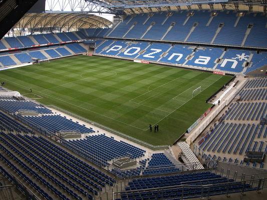 Murawa na stadionie Lecha przygotowana do kolejnych spotkań