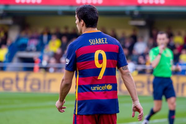 Barcelona miażdży! Niesamowity Suarez strzela cztery gole i asystuje przy trzech kolejnych [VIDEO]
