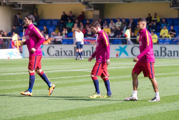 Suarez broni Neymara: Kiedy wygrywaliśmy, nikt nie mówił, że to tylko jego zasługa