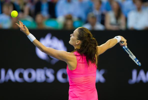 Radwańska w półfinale turnieju w Stuttgarcie