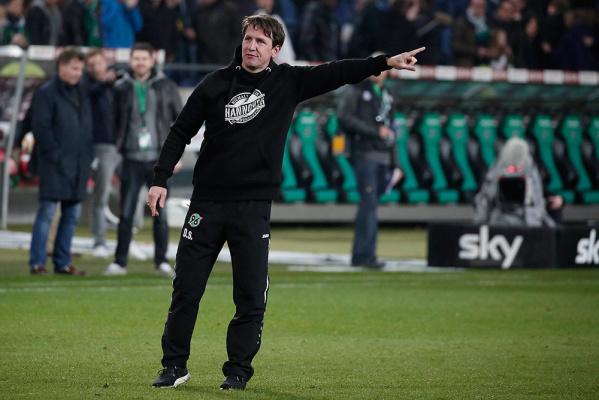 Stendel pozostanie trenerem Hannoveru