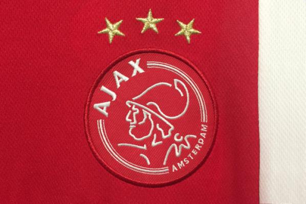 Syn Kluiverta podpisał kontrakt z Ajaxem