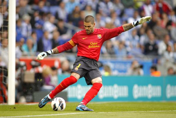 Victor Valdes wrócił do Manchesteru