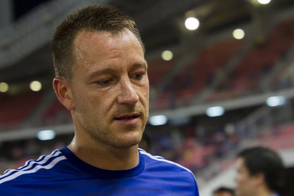 Terry chciałby zostać w Chelsea