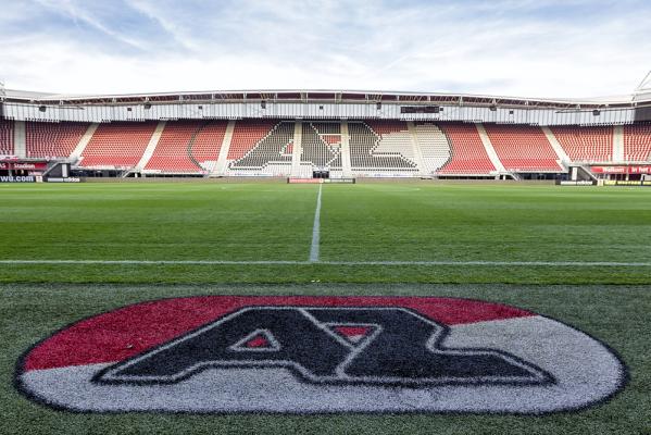 AZ Alkmaar rozbił De Graafschap, grał Parzyszek