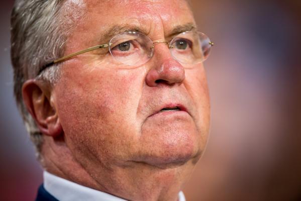 Hiddink: Dzwonił do mnie Ranieri. Podziękował pięć razy