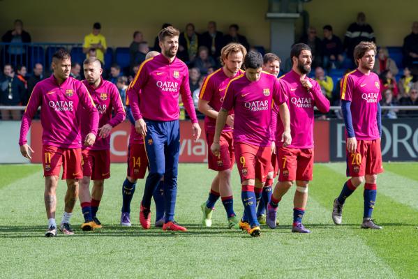 Barcelona i Real wciąż walczą o tytuł. Porażka Atletico z Levante i koniec marzeń o mistrzostwie [VIDEO]