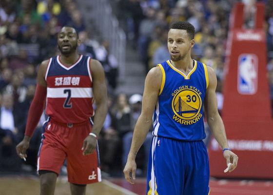 NBA: Zwycięstwo Warriors, rekordowe osiągnięcie Curry'ego
