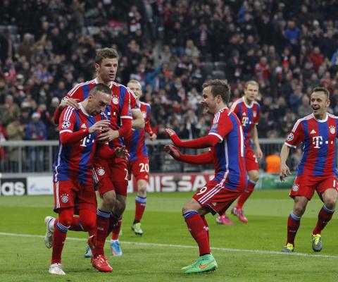 Hitzfeld: Bayern nigdy nie kupi kogoś takiego jak Messi czy Ronaldo. Nie wyda na piłkarza stu milionów