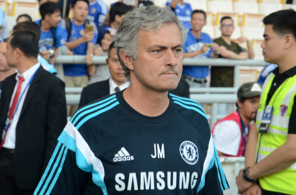 Dlaczego MU nie ogłasza Mourinho? Kuriozalna sytuacja