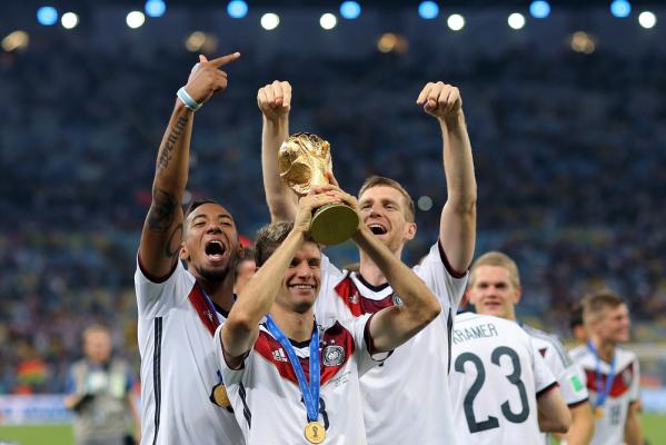Transfermarkt: Niemcy warci najwięcej, Polacy na 10. miejscu
