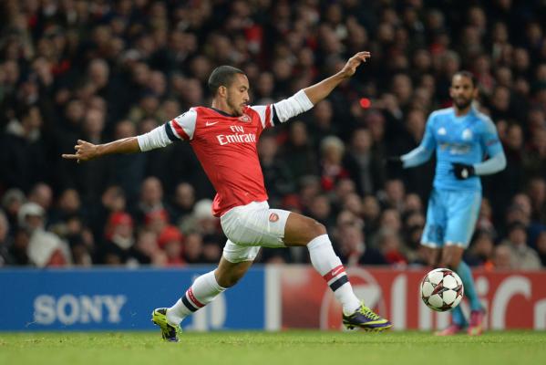 Theo Walcott zostanie w Arsenalu?