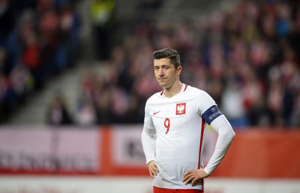 Telegraph wybrał 20 najlepszych graczy, którzy wystąpią na Euro. Lewy na czwartym miejscu