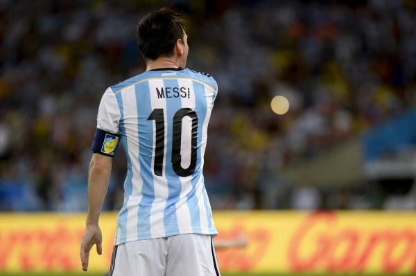 Maradona: Messi to dobry człowiek, ale nie ma charakteru. Nie ma osobowości lidera