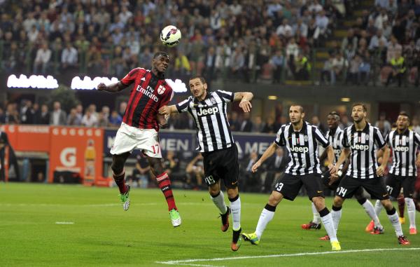 Zapata przedłużył kontrakt z Milanem