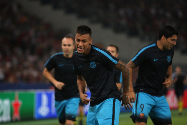 Brazylijskie media: Neymar w 2017 przeniesie się do PSG