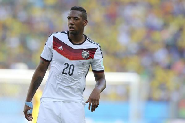 Niemcy wygrywają, ale Neuer i Boateng musieli ratować trzy punkty [VIDEO]