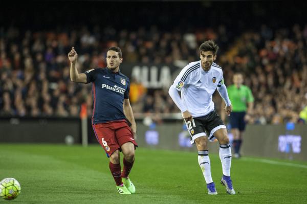 Valencia CF odrzuciła ofertę Chelsea za Andre Gomesa