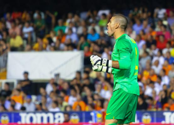 Victor Valdes może trafić do Manchesteru City
