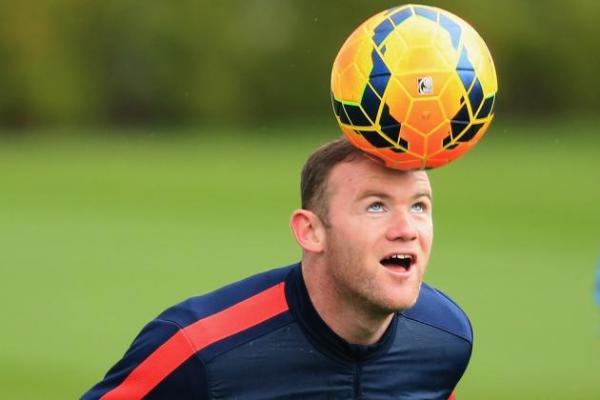 Ależ on to strzelił! Kapitalny gol Rooneya z rzutu wolnego [WIDEO]