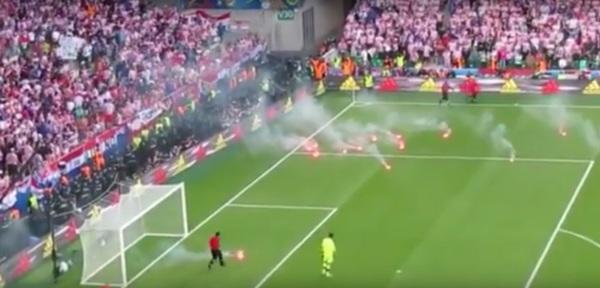 Chorwaccy kibice przerwali mecz w proteście przeciwko... Sukerowi