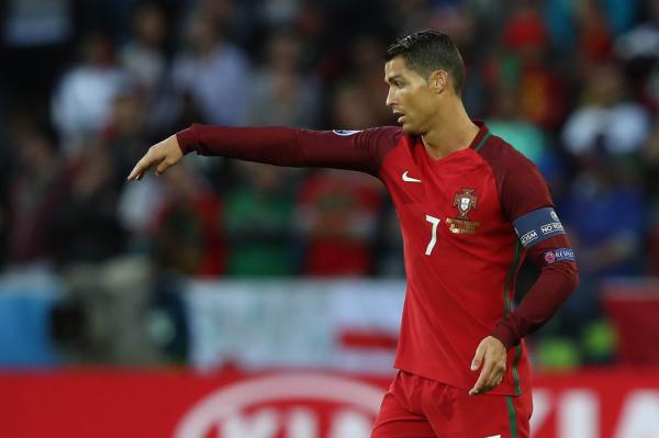 Maradona: Portugalia jest za bardzo uzależniona od Ronaldo