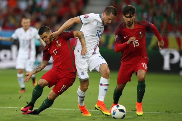 Trener Portugalczyków: Musimy szybciej rozgrywać akcje