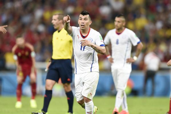 Vargas królem strzelców, Sanchez ze złotą piłką
