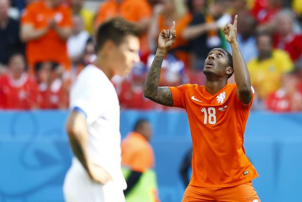 Swansea wykupi reprezentanta Holandii?