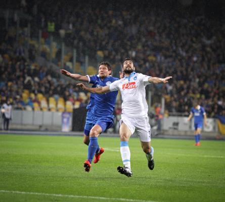 Raul Albiol bliski przedłużenia kontraktu z Napoli