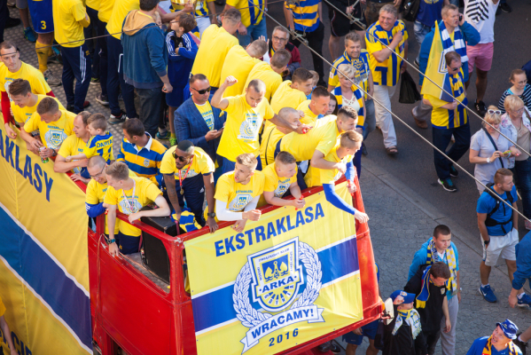 Ekstraklasa: Nowy kontrakt Pawła Abbotta