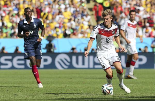 Błąd Neuera i Niemcy przegrywają z Francją 0:2!