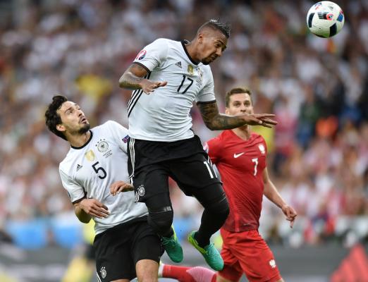 """Niemcy krytykują formułę Euro 2016. """"Było wiele drużyn, które nie potrafiły grać piłką"""""""