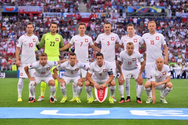 L'Equipe: Krychowiak w XI turnieju, Polacy najlepsi na Euro pod względem średniej ocen