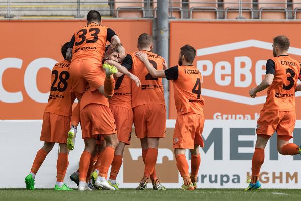 Cenny remis Zagłębia w Belgradzie. Nie dali się Partizanowi mimo gry w osłabieniu od 55 minuty