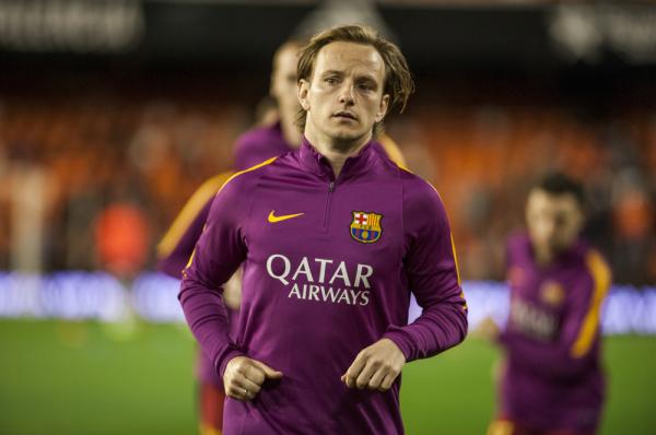 Rakitić dementuje plotki o odejściu z Barcelony