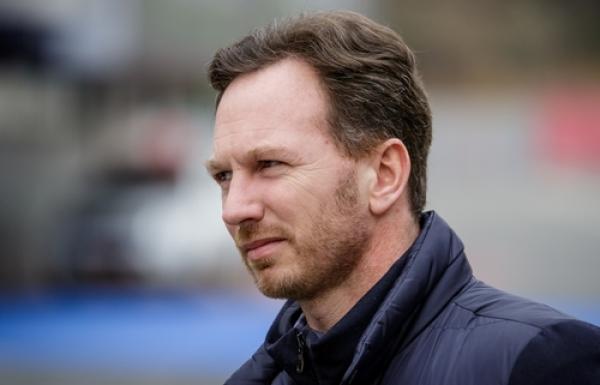 Red Bull: Silnik Reanult traci do Mercedesa 47KM