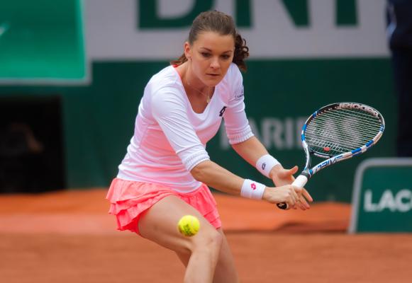 Radwańska pokonała Niculescu w drugiej rundzie turnieju w Kanadzie