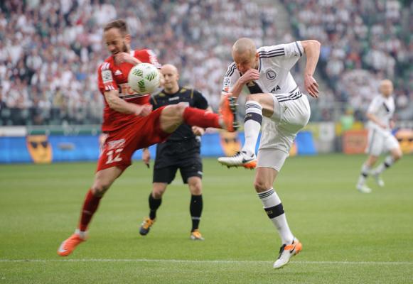 Legia znów bez wygranej w lidze, bez bramek w starciu mistrza z wicemistrzem