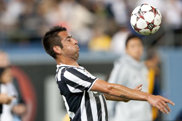 Mauricio Isla zamienił Juventus na Cagliari