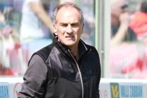 Menedżer Swansea: Potrzebujemy jeszcze środkowego obrońcy