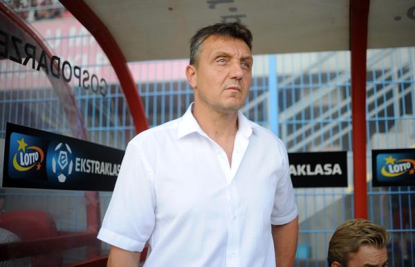 Trener Piasta: Nie potrafiliśmy utrzymać piłki w ataku
