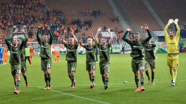 W końcu! Po dwudziestu latach mamy polski klub w Lidze Mistrzów! Legia zremisowała z Dundalk i wywalczyła awans
