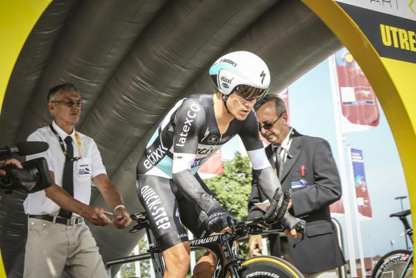 Kwiatkowski wycofał się z Vuelta a Espana